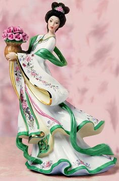 'Rose Princess' ~ Porcelain by Lena Liu - Cobain Play Porcelain Jewelry, Porcelain Ceramics, Porcelain Skin, Porcelain Doll, China Porcelain, Victorian Women, Chinese Art, Chinese Dolls, Asian Art