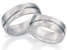Moderno y preciso diseño de argollas en oro blanco y diamantes Laura Torres, Rings N Things, Napkin Rings, Jewerly, Wedding Rings, Engagement Rings, Van, Life, Dresses