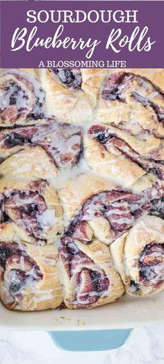 Sourdough Starter Discard Recipe, Sourdough Recipes, Sourdough Bread, Blueberry Sweet Rolls, Delicious Desserts, Yummy Food, Sweet Buns, Breakfast Recipes, Breakfast Time