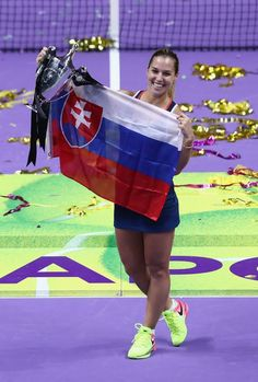 Dominika Cibulkova Conquer's Singapore 2016.  wtatourporjmunoz.blogspot.com.es ... SINGAPORE Dominika Cibulkova wrote the final chapter of a fairytale season by upsetting World No.1 Angelique Kerber to win the bnp Paribas WTA Finals 2016 ... Her biggest career win for the Slovakian