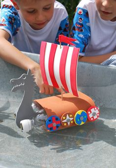 DIY viking boat---- didn't see instructions but could make from just photo