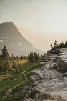 Logan Pass in Glacier National Park during fire season. One of the most beautiful national parks in Montana. Best Places To Camp, Places To Travel, Places To Go, Nature Photography Tips, Ocean Photography, Wedding Photography, Auckland, Montana National Parks, Camping Activities