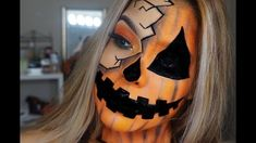 I'm back for another halloween look this one was fun and actually pretty easy! Halloween Pumpkin Makeup, Halloween Eye Makeup, Maquillaje Halloween, Cute Halloween Costumes, Halloween Looks, Diy Costumes, Halloween Inspo, Halloween 2020, Artistic Make Up