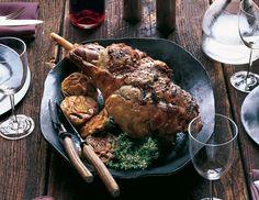 Wine-Braised Leg of Lamb with Garlic Recipe