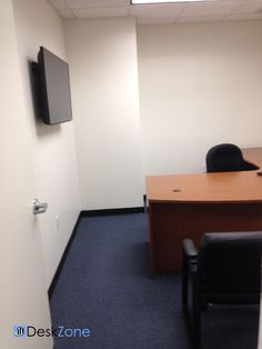 198 Route 9 North Office Space -   Single interior office available in shared space.  T1 for phone and Cable for data.  Price: $ 550 per month.  More details: http://deskzone.com/properties/198-route-9-north-office-space/