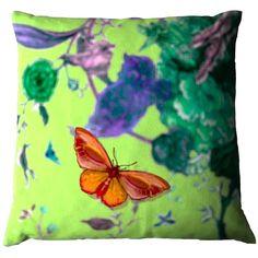 Madame Butterfly: Τα πιο girly μαξιλάρια για το σαλόνι σας   deco , design news & τάσεις   ELLE