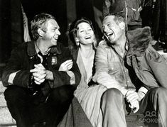 "Steve McQueen, Faye Dunaway, Paul Newman on the Set of ""Towering Inferno"" a 1974 film release. Faye Dunaway, Steve Mcqueen, Hollywood Stars, Classic Hollywood, Old Hollywood, Hollywood Actresses, The Towering Inferno, Celebrities, Actresses"