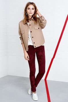 Groovy grace! Get the 70's look by mixing cool tailoring with feminine separates. | H&M Trend