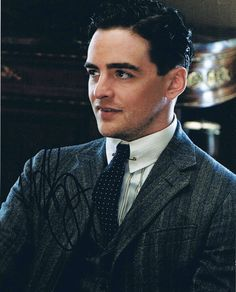 "Vincent Piazza as Charles ""Lucky"" Luciano in ""Boardwalk Empire"" (TV Series) Boardwalk Empire Season 1, Lucky Luciano Boardwalk Empire, Vincent Piazza, Dabney Coleman, Kelly Macdonald, Jersey Boys, Empire Style, My Guy, Portrait"