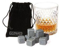 Im Gegensatz zu herkömmlichen Eiswürfeln schmelzen diese Whisky Würfel nicht. Sie sind genau dafür konzipiert das Getränk kühl zu halten ohne es zu verwässern: www.lustige-gadgets.com/whisky-steine/