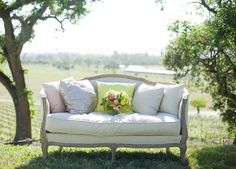 renting vintage sofas for my garden wedding reception weddings-that-i-love