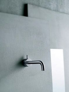 Art. 93 A513A/A513B - wall mounted washbasin mixer