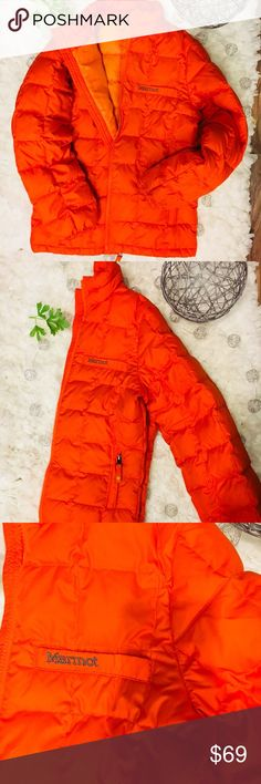Marmot Squared Quilted Puffer Jacket Large Women's Marmot Jacket  Size Large   Style A93260 Bright orange outer shell  light oranger inner shell Marmot Jackets & Coats Trench Coats