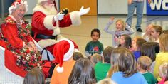WLS Hosts Christmas Story Night