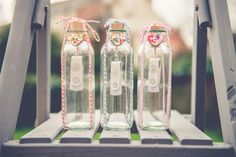 Wow - now this is a really innovative way to present your client wedding phototgraphs - USB sticks from USB2U - bottles and creative genius from http://www.cotswoldpictures.co.uk/