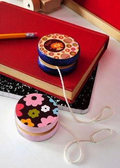 How-To: Custom Yo-Yo Toy from @Amy Lyons Anderson #toys #DIY #yoyo