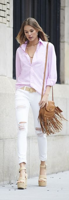 A fresh take on the signature Polo Ralph Lauren button-down for women, in a candy pink for spring Polo Shirt Outfits, Polo Shirt Women, Preppy Mode, Preppy Style, Denim Style, White Pants Outfit, White Polo Outfit Women, Polo Outfits For Women, Spring Summer Fashion