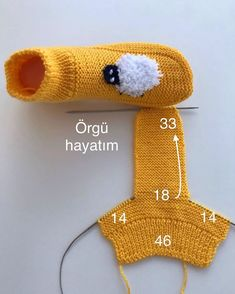 Best 11 New Totally Free knitting for beginners socks Ideas : These knitted blanket patterns should have you hurrying the place to find bundle Knitted Slippers, Knitted Bags, Knitted Blankets, Knitted Dolls, Baby Blankets, Free Knitting, Knitting Socks, Baby Knitting, Knit Socks