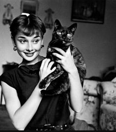 Audrey and cat ♡