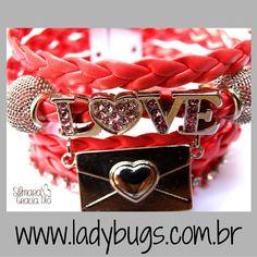 All we need is love Pulseira 6 Voltas Rosa Chiclete – Couro Sintético por R$ 65,00 Corre lá: www.ladybugs.com.br  #acessorios #acessóriosfemininos #bijuteria #bijuterias #pulseira #pulseiras #pulseirismo #pulseirafeminina #courosintetico #pulsocheio #love #vegan #vegano #fakeleather #promoção #handmade #visitenossaloja #bijuteriaonline #exclusividade #novidades #trendalert #moda #tendencia #lojavirtual #lojaonline #compredopequeno #caraguatatuba #jundiai #brasil