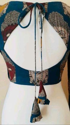New Saree Blouse Designs, Blouse Designs High Neck, Simple Blouse Designs, Stylish Blouse Design, Traditional Blouse Designs, Fashion Logo Design, Designer Blouse Patterns, Designs For Dresses, Fashion Sewing