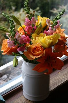spring bouquet | maureen cracknell | Flickr