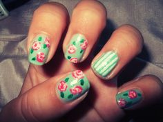 How to make Flowers nail design