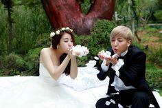 Wedding Pictorial TuekSora Playing