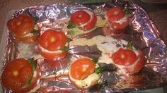 Tupun tupa: Juusto-parsakeitolla täytetyt tomaatit