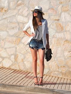 Love this look! An inspiration to get fit top!