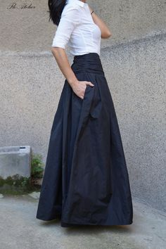Lovely Black Long Maxi Skirt/High or Low Waist Skirt/Long Waistband Skirt/Handmade Skirt/Low . : Lovely Black Long Maxi Skirt/High or Low Waist Skirt/Long Waistband Skirt/Handmade Skirt/Low Waisted Black Skirt/Formal Mode Outfits, Skirt Outfits, Waist Skirt, Dress Skirt, Taffeta Skirt, Mode Simple, Look Fashion, Womens Fashion, Handmade Skirts