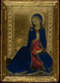 "Simone Martini, ""The Virgin Annunciate"". http://onditmedievalpasmoyenageux.fr/?p=1473"