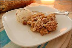 Apfel-Crumble mit knusprigen Haferflocken-Streusel #apfel #crumble #haferflocken #streusel #Zimt http://lieblings-essen.blogspot.com/2015/10/apfel-crumble.html