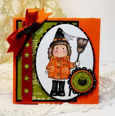 Such an adorable fun, wonderfully festive stamped Halloween card.
