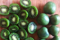 Kiwi berries are about to have their moment not only because they are super cute, but they are also a superfruit. For Your Health, Health And Wellness, Kiwi Berries, Grape Arbor, Berry Plants, What Can I Eat, Micro Nutrients, Bowl Of Cereal, Sustainable Food
