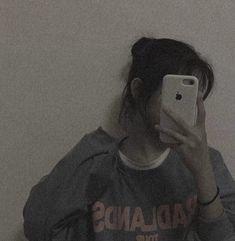 Sad Girl Photography, Grunge Photography, Dark Photography, Daddy Aesthetic, Korean Aesthetic, Bad Girl Aesthetic, Korean Girl Photo, Cute Korean Girl, Anna Disney