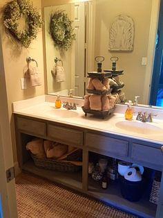 Guest Bathroom DIY - Annie Sloan Chalk Paint Project