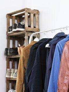 23qm Stil: wohnen   gefühlte 100 Schuhe, 50 Jacken, 20 Taschen und das Problem - wohin damit?