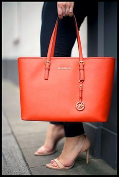 Makes You Elegant And Stylish,Come Here To Buy. #Michael #kors #bags