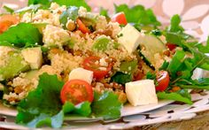 Summer avo, feta and cous cous salad Ingredients cous cous olive oil . Side Recipes, Light Recipes, Clean Recipes, Healthy Recipes, Family Recipes, Vegetable Dishes, Vegetable Recipes, Feta, Couscous Salad Recipes