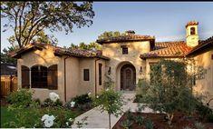 Nuevamente retomamos una nueva entrada en Mundo Fachadas, en el día de la fecha específicamente les ofreceremos varios diseños de fachadas de casas de una y dos plantas, de diferentes…