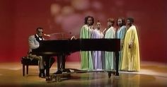 """Ray Charles Sings An Amazing Rendition Of """"America The Beautiful"""" via LittleThings.com"""