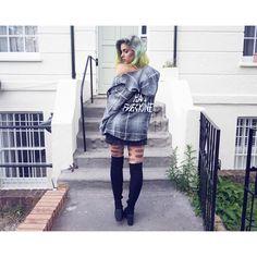 @Sophiehannahrichardson #DollsKill