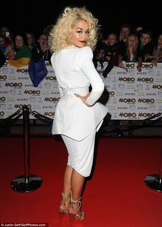 Work it: The RIP singer worked the red carpet and showed off her pretty dress from all angles