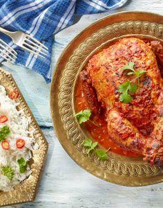 Pikantny kurczak z przyprawmi i ryżem basmati