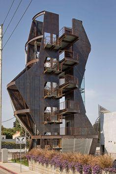 Eric Owen Moss' Samitaur Tower.