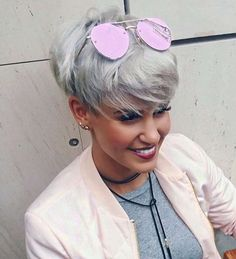 New hairstyles for 2018 Short Grey Hair, Short Hair Cuts, Short Hair Styles, Pixie Hairstyles, Pixie Haircut, Prom Hairstyles, Short Hair Designs, Hair Today Gone Tomorrow, Corte Y Color