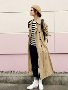 Japanese Winter Fashion, Japan Fashion Casual, Fall Fashion Trends, Autumn Fashion, Trench Coat Outfit, Winter Stil, Autumn Street Style, Mode Outfits, Comfortable Outfits