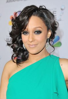 I would like to get my hair like this please and thank you  ..Tia Mowry.