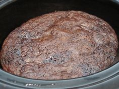 Crockpot Chocolate Lava Cake - Life In The Lofthouse Crock Pot Desserts, Slow Cooker Desserts, Cookie Desserts, Just Desserts, Delicious Desserts, Yummy Food, Cooker Recipes, Crockpot Recipes, Crockpot Dishes